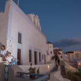 Photoshooting at Santorini's Hotospots - Jason + Lisa-21