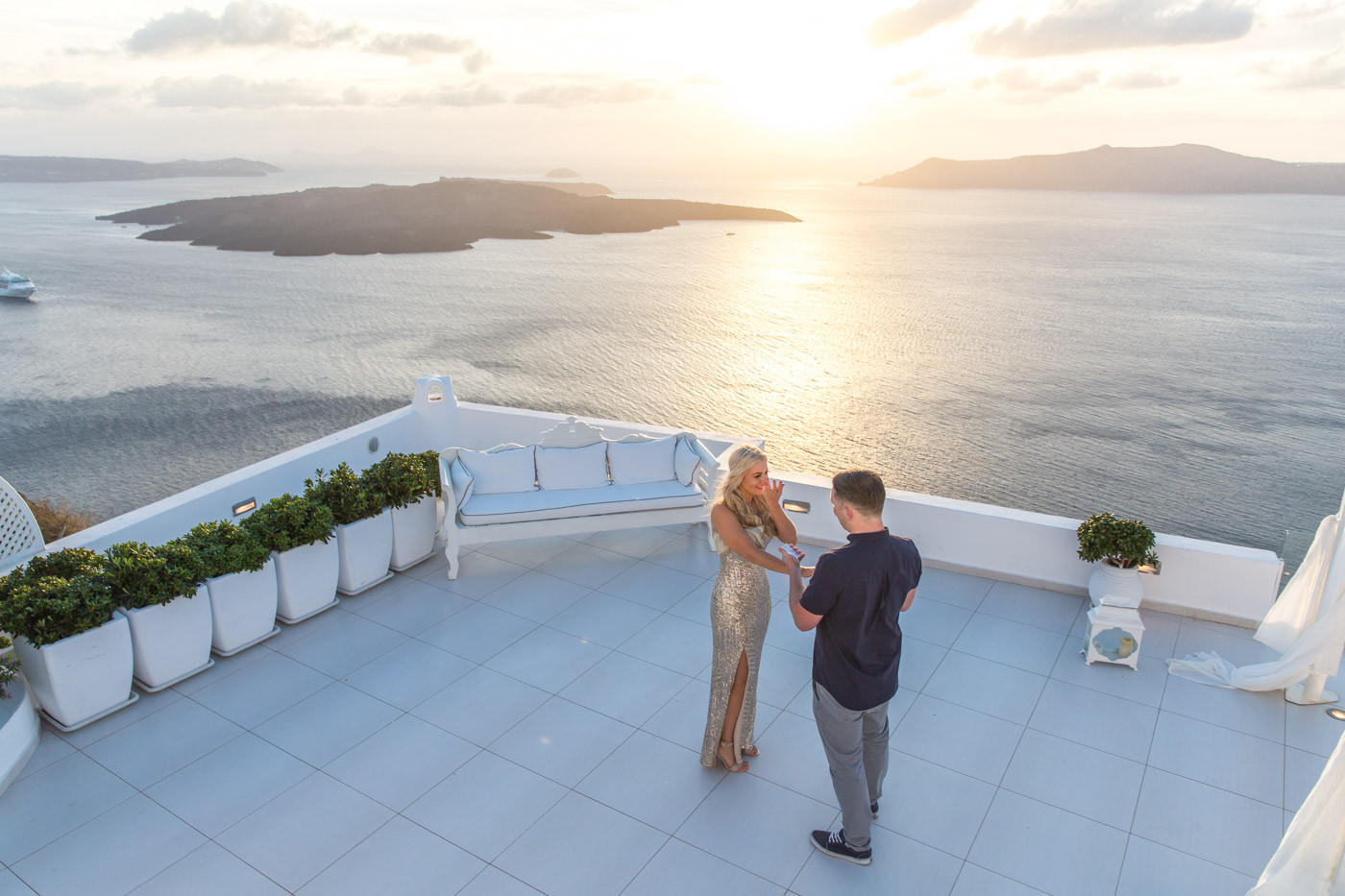 wedding proposal at dana villas santorini keith louisa 7