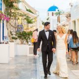 3 Natural Wedding Photographer Santorini